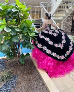 Black Mexican Theme Floral Quinceanera Dresses with Ruffled Train
